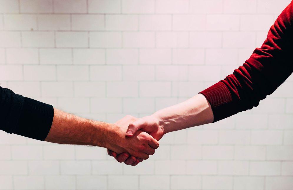 信頼関係を構築する、影響力を持つこと