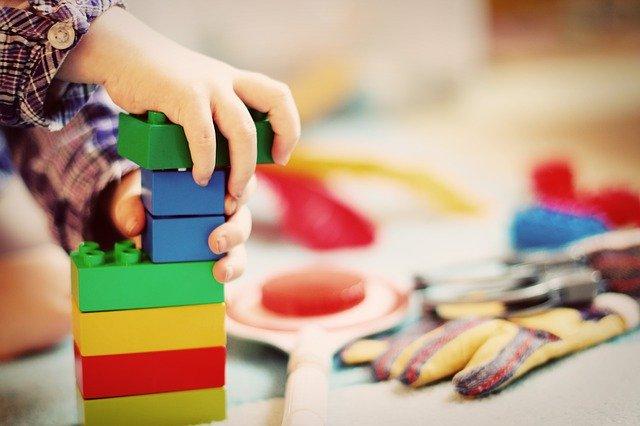 玩具が与える効果を理解して厳選する